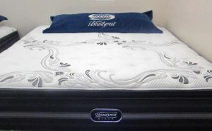Simmons Beautyrest Black Luxury Plush Pillow-Top mattress at Best value Mattress Indianapolis, Zionsville, Carmel Fishers and Avon